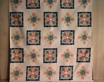 Vintage Floral Tablecloth, 1960s Chrysanthemum Tablecloth, 37x40 Tablecloth, Mums Tablecloth