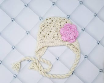 Newborn girl crochet hat, baby girl beanie with tassels, baby girl earflap beanie, girls earflap hat, newborn girls earflap hat with flower