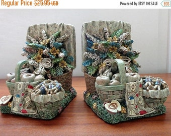 On Sale Flower and Apples Baskets with Gingerbread Men Bookends, Vintage, Bookend, Kitchen Bookend, Kitchen Decor, Cookbook Bookend, Country