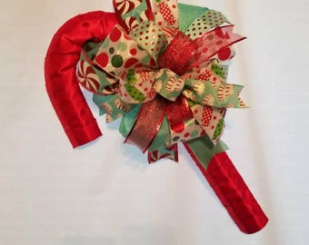 Candy Candy Door Hanger, Candy Cane Wreath, Candy Cane Christmas Wreath, Candy Cane Xmas Door Hanger, Xmas Door Wreath, Holiday Candy Cane