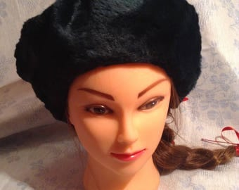 Brand New  Fur Hat Made From  Rabbit Fur. Size S. American Size 7