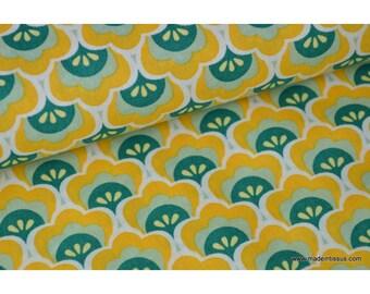 Tissu popeline coton imprimé lotus jaune vert x50cm
