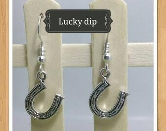 LUCKY HORSE SHOE earrings