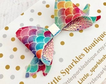 Mermaid bow, rainbow bow, iridescent hair bow, baby bow, girls hair accessories, cake smash prop