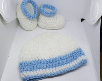Hat and booties, Baby Booties, Baby shower gift, Newborn baby gift, Newborn Baby Boy Booties, Christening set, New baby gift, baby gift set
