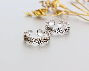 Silver Daisy Toe Ring, Free Size Toe Ring,Toe Ring, Simple Toe Rings, Bridesmaids Gift, Gypsy Style Toe Ring, Minimal Toe Band, (TS 56)