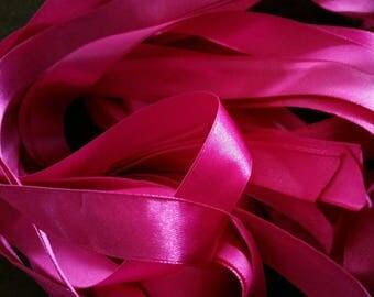 5 Metters purple satin ribbon