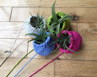 Tiny hanging air plant pod, air plant planter