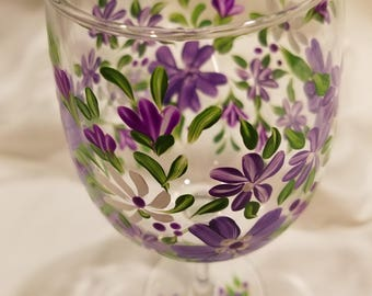 Purple Floral Hand Painted Wine Glasses. Colorful Wine Glasses.  Spring or Summer Bouquet Wine Glasses.
