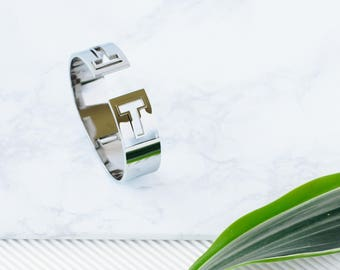 Silver T Bracelet / Open bangle bracelet / silver bracelet  / stacking bangle / geometrical bracelet