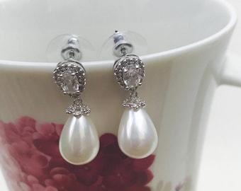Pearl Drop Earrings, Wedding Earrings, Pearl Earrings,  Pearl earrings Dangle, wedding jewellery, drop earrings, bridesmaid earrings