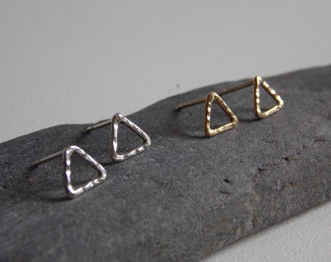 Triangle earrings. Hammered triangle ear stud made of 9k yellow gold or sterling silver