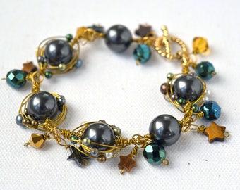 Black Wire Wrap Bracelet, Crystal Pearl Bracelet, Black and Gold Bracelet, Wire Wrap Link Bracelet, Black and Green Bracelet