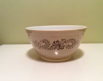 Vintage 402 Pyrex Swirl Homestead Brown Stackable Small Mixing Nesting Bowl 1.5