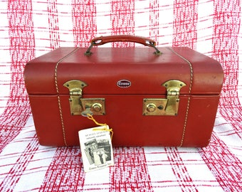 Vintage Leather Towne Suitcase Luggage Vanity Makeup Train Case with Working Lock and Key and Mirror