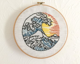 "Drum embroidered ""The great wave of Kanagawa"""