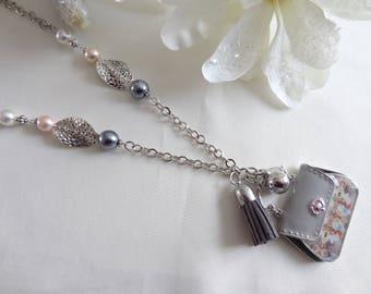 Woman/fantasy necklace pendant handmade necklace fantasy/necklace is handmade/Pearl/bag was handmade/gift/necklace/daureline