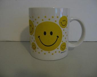 Smiley Face Mug - By Betallic