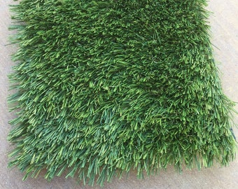 "Clearance Price - Set of 6 grass mats size 13 3/4"" x 9"""