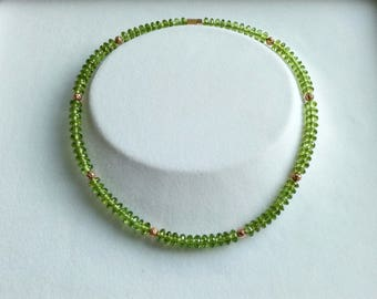 Faceted with 18kt pink gold Peridotrondelkette