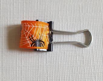 Pen Holder Spider Web Clip