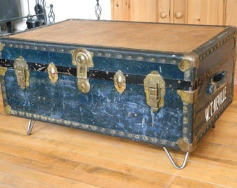 Vintage Steamer Trunk Storage Blanket Box Coffee Table