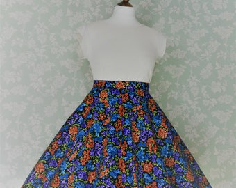 Red & black small floral circle skirt