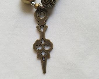 Bronze bead pendant necklace