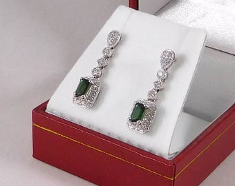 Green Tourmaline & Diamond Earrings. 18k White Gold