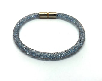 Crystal bracelet Copper filled with light blue crystals with magnetic clasp 18 cm