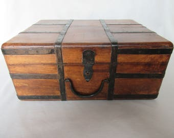 Antique Artist's Box, Wood and Metal  Box for Artist Supplies, Wood and Metal Suitcase, Antique Painter's Box ca 1910s
