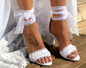Block heel white leather wedding sandals/ Handmade white leather heels/ White lace and pearls heels/ Wedding shoes/ Bridal heels CHANTILLY