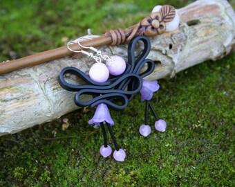Boucles d'oreilles rose tendre et noire - Fée en jupette - Perles de Jade - rose tendre et noir