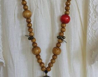 Boho hippie handmade necklace pendant necklace vintage beads wood