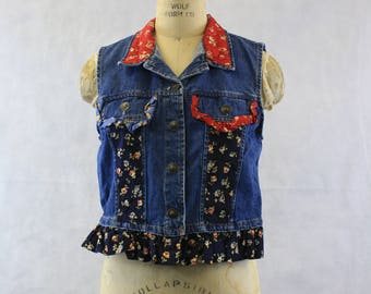 1980's Denim Vest or Crop Top Size Small | Medium Blue | Ruffles | Ruffly Top | Button Front | Bohemian | Hippie | Festival | Country Chic