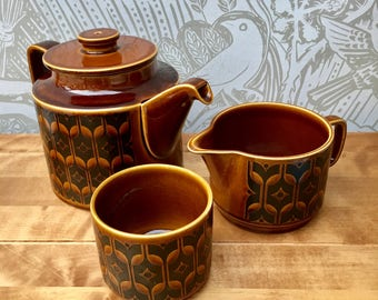 Hornsea Heirloom Pottery retro style vintage milk jug and sugar bowl in Autumn brown, collectibles, vintage pottery