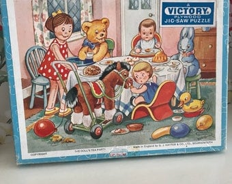 Vintage victory jigsaw puzzle