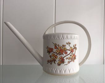 Emsa retro watering can white with flowers design Vintage 1970's plantengieter wit West Germany