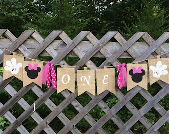 Minnie Mouse Inspired Burlap Banner
