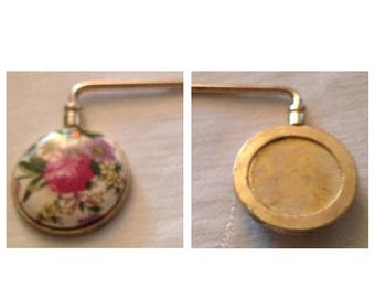 Anniversary Sale Vintage  Handbag and Purse Holder