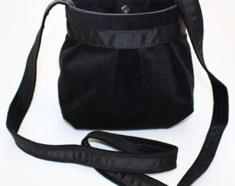 Small purse black velvet and black ribbon