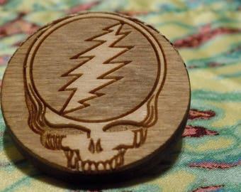 Steely Skull Pin