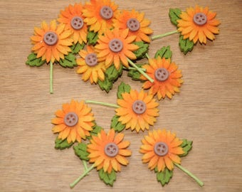 Autumnal decoration: set of 12 sunflowers in felt