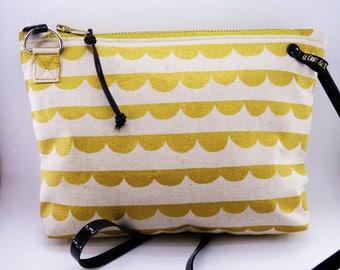 Handbag Crossbody - Golden petals.