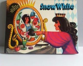 Snow White pop up book, 1982, Brown Watson, illustrated by V.Kubasta.