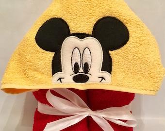 Mickey Hooded Towel