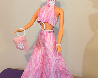 barbie silkstone handmade pink mod tie-dye jumper with earrings purse shoes sunglasses hat and bracelet