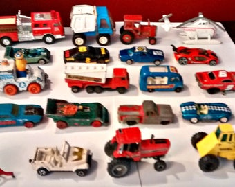 Vintage Lot Of 21 Mixed Die Cast Cars