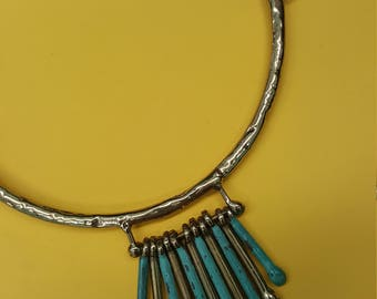 Choker with Blue Teardrop Pendants