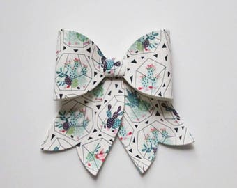 French bow || oversized bow || Bow headband || Bow hair clips || hair accessories || Baby girl || baby gift || gift for a kids || cheer bow